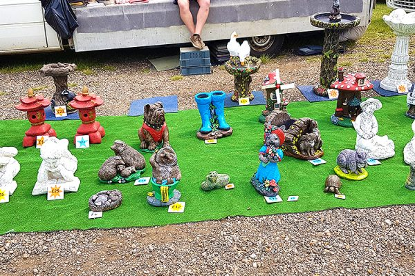 St-Osyth-Sunday-Market-Clacton-Food-Stalls-Amusements